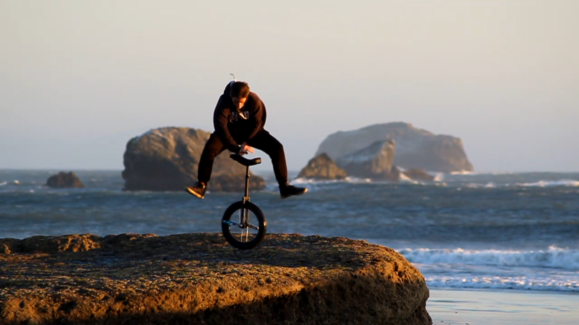 Alex unispinning at the coast of California
